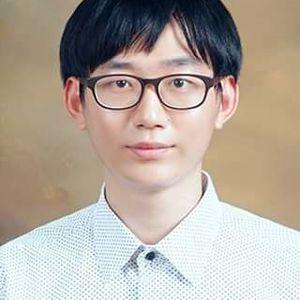 홍명신 선생님